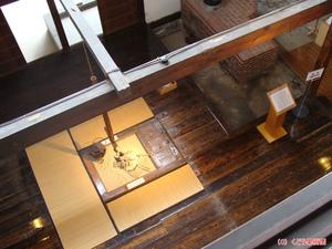 太宰家台所を2階から撮影