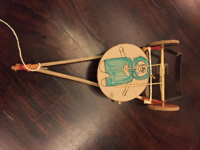インド版デンデン太鼓。インドの人が買うと120円、私が買おうとすると400円。